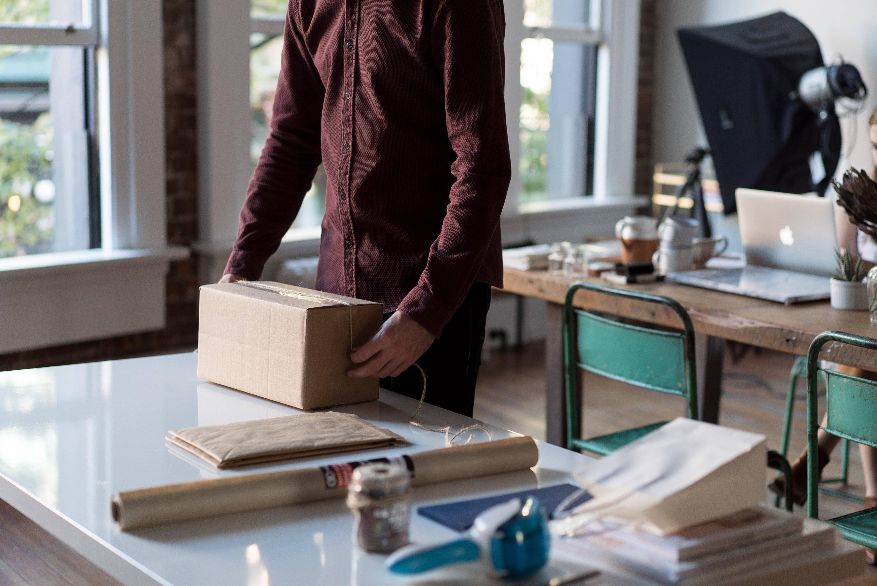 Ylimääräinen käsittely- ja postituskulu